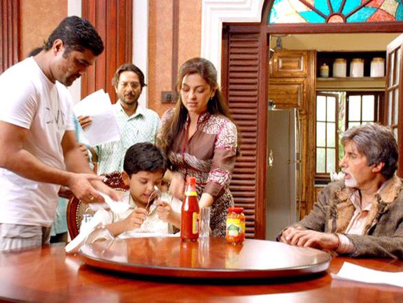 On The Sets Of The Film Bhoothnath (2008) Featuring Aman Siddiqui,Juhi Chawla,Amitabh Bachchan