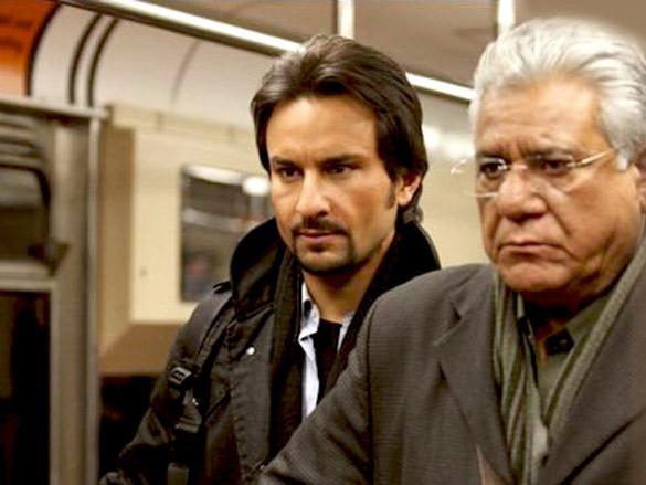 Movie Still From The Film Kurbaan,Saif Ali Khan,Om Puri