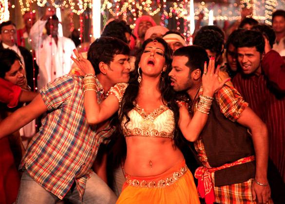 Ravi Kissen,Manish Vatsalya