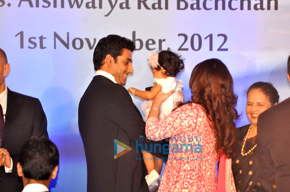 Abhishek Bachchan, Aaradhya Bachchan, Aishwarya Rai, Vrinda Rai