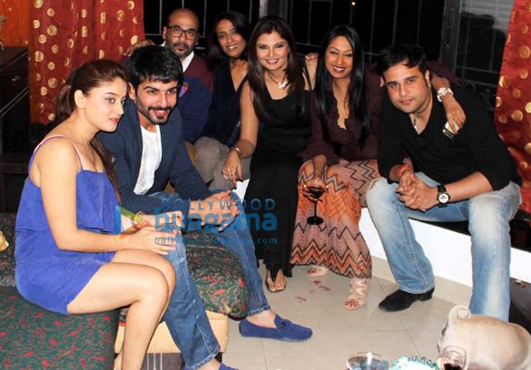 Mahi Vij, Jay Bhanushali, Mohan Kapoor, Achint Kaur, Deepshikha, Kashmera Shah, Krishna Abhishek