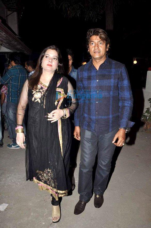 Vijeyta Pandit, Aadesh Shrivastav