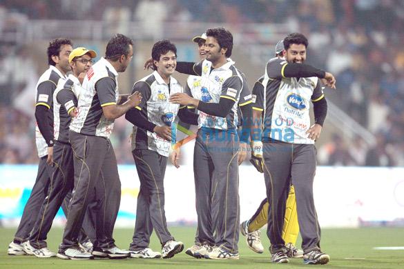 Bobby Deol, Vatsal Sheth, Apoorva Lakhia, Raja Bherwani, Sameer Kochhar, Aftab Shivdasani