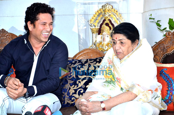 Sachin Tendulkar, Lata Mangeshkar