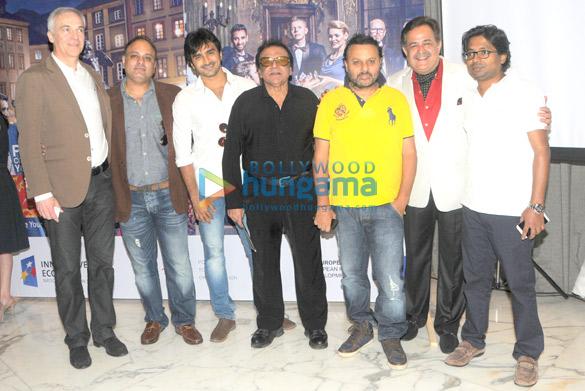Staislaw Dziedzic, Prashant Sharma, Atif Khan, B Subhash, Anil Sahrma, Shireesh Sharma, Raj Gupta