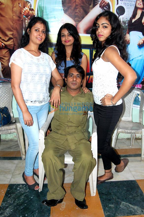 Chandni, Neha Khan, Shreya Chawla, Nizaam Jhootha