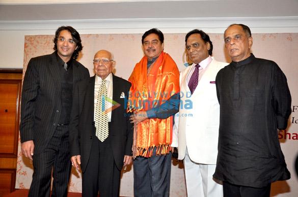 Shatrughan Sinha, Pahlaj Nihalani