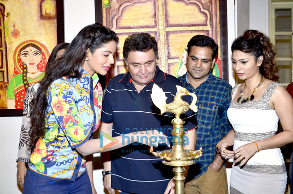 Bhairavi Goswami, Rishi Kapoor, Nitin Chaudhary, Tanisha Mukherjee
