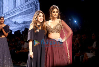 Ileana DCruz walks for Riddhi Mehra at Lakme Fashion Week 2016