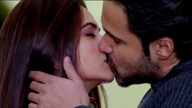 Best Bollywood Kissing Videos