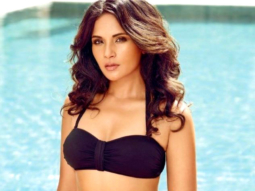 Richa Chadha SWEETLY SLAMS A Reporter On Asking Rumored Questions About Fukrey 2