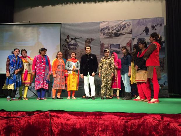 Govinda meets BSF Jawans in Delhi-2