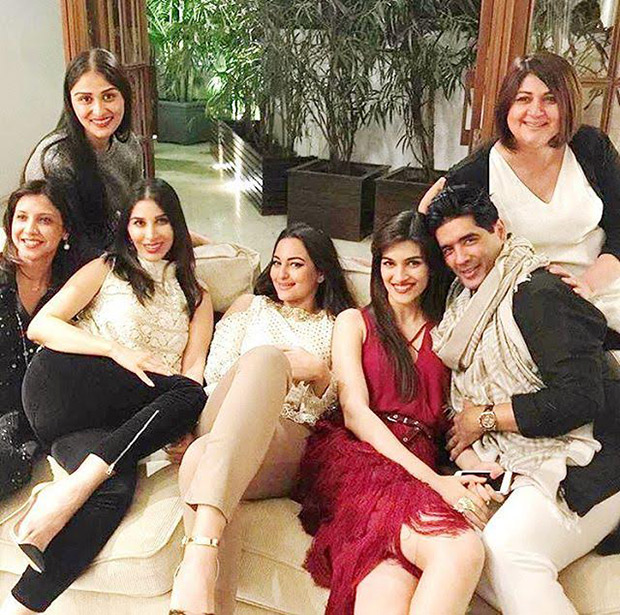 Check out: Sridevi, Kriti Sanon, Sonakshi Sinha have a lovely time at Manish Malhotra's dinner party