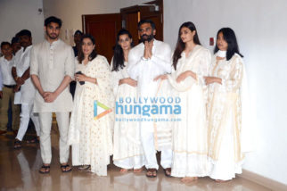 Suniel Shetty's father prayer meet in Worli