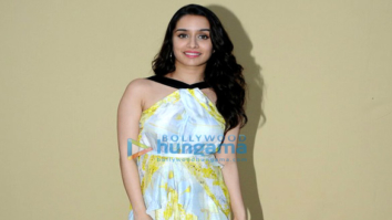 Arjun Kapoor and Shraddha promote Half Girlfriend on Star Plus serial sets