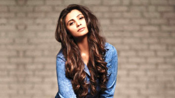 Daisy Shah Rehearses On The Breakup Song For Dabangg - The Tour