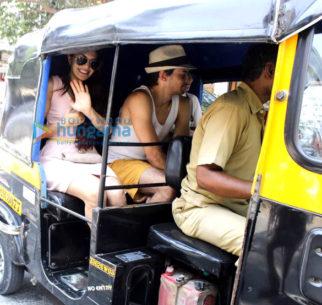 Check out Jacqueline Fernandez enjoys rickshaw ride with friends ahead of hosting Justin Bieber 1