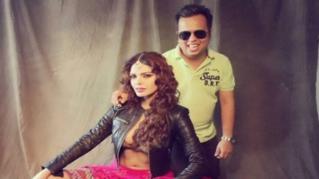 HOT! Sizzling Sherlyn Chopra poses in sexy choli and jacket