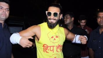 Ranveer Singh's Public Display Of Body & Beard Is A SUPER HOT Combo