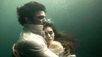 OMG! Sushant Singh Rajput and Kriti Sanon looking stunning together UNDERWATER!