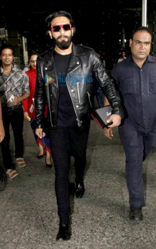 Ranveer Singh, Sushant Singh Rajput and Kriti Sanon spotted at the airport today