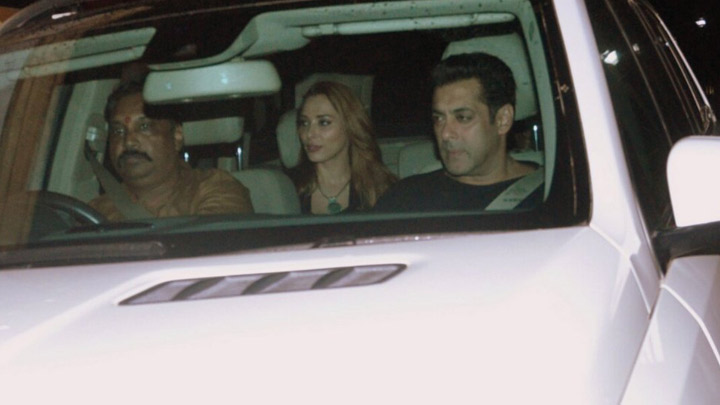 Salman Khan's TUBELIGHT SPECIAL SCREENING For Family And Friends