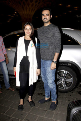 This is where mother-to-be Esha Deol has taken off for her babymoon-1