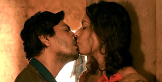 HOT! Nawazuddin Siddiqui engages in a SENSUOUS LIPLOCK with THIS HEROINE in Babumoshai Bandookbaaz