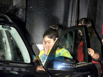 Jhanvi Kapoor snapped post salon sesion in Juhu
