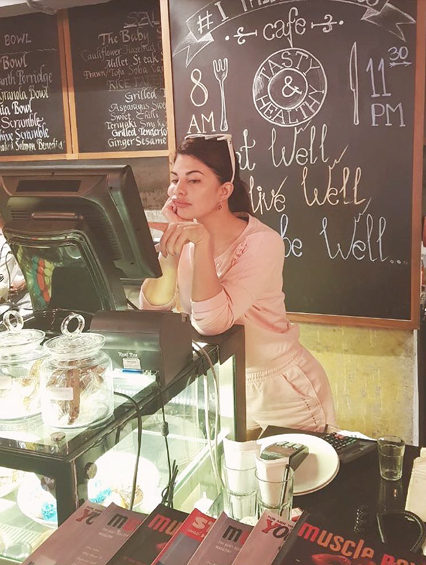 http://stat3.bollywoodhungama.in/wp-content/uploads/2017/08/Check-out-Jacqueline-Fernandez-remembers-her-days-as-a-waitress.jpg