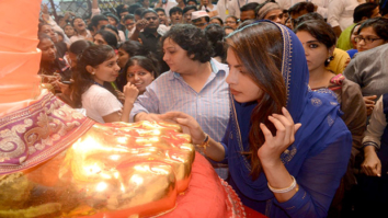 Check out Priyanka Chopra seeks Lalbaugcha Raja's blessings; chills by Marine Drive post darshan!