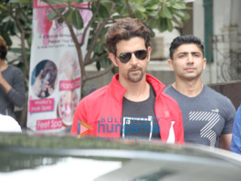 Hrithik Roshan snapped at Akro Gym