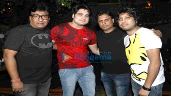 Lyricist Kumaar celebrates his birthday with friends and relatives