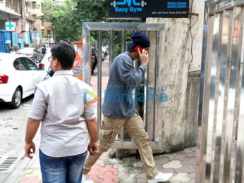 Ranbir Kapoor spotted at a clinic in Bandra
