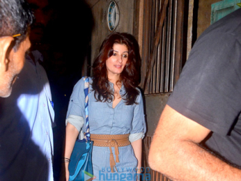 Akshay Kumar & Twinkle Khanna snapped after dinner at Pali Bhuvan