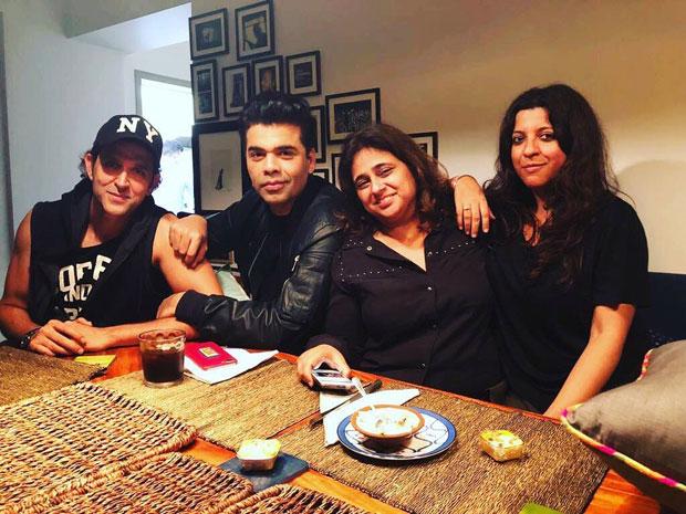 Hrithik Roshan hangs out with Karan Johar, Zoya Akhtar, Farah Khan at Farhan Akhtar's residence -1