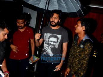 Riteish Deshmukh spotted at Salt Water Cafe, Bandra