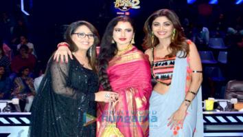 Rekha snapped on the sets of Super Dancer 2