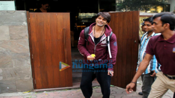 Bipasha Basu and Karan Singh Grover spotted at Indigo