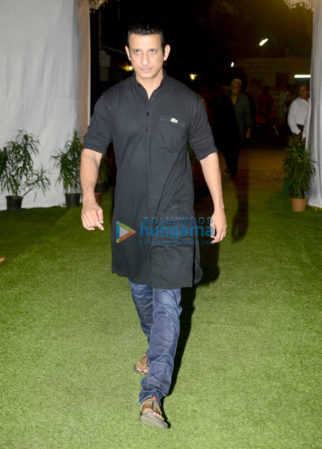 Celebs attend late Neeraj Vora's prayer meet