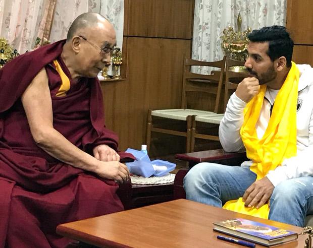 Check out John Abraham meets his holiness Dalai Lama in Delhi