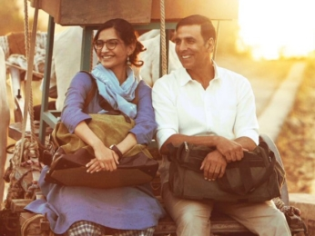 Sonam Kapoor channels elegance and simplicity as Rhea Kapoor in Padman (1)