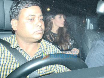 Deepika Padukone, Ranveer Singh, Alia Bhatt, Ranbir Kapoor, Kareena Kapoor Khan, Hrithik Roshan and others attend a bash at Shah Rukh Khan's house