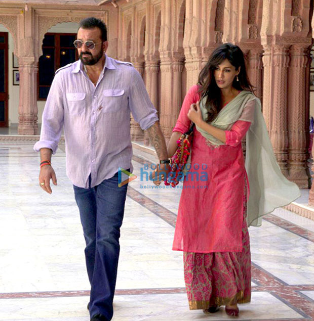 Don't miss the chemistry between Sanjay Dutt and Chitrangda Singh in this picture from Saheb, Biwi Aur Gangster 3