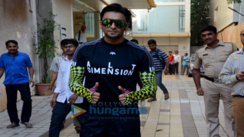 Ranveer Singh spotted after dance rehearsals in Bandra