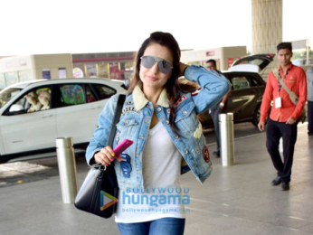 Hrithik Roshan, Ameesha Patel and others snapped at the airport