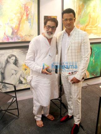 Rohit Roy graces the India Art Festival 2018