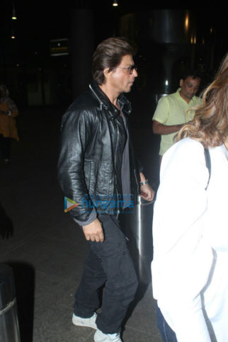 Shah Rukh Khan snapped at the airport