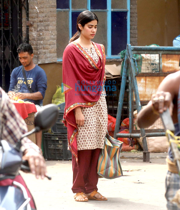 Janhvi Kapoor shoots for Dhadak in Kolkata on the one month death anniversary of Sridevi