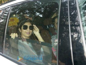 Kangana Ranaut and Shilpa Shetty visits Sridevi's residence to meet Boney Kapoor and family